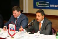 Феликс Любашевский ведет конференцию Нефтегазсервис-2009