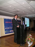 Ринат Даутов отвечает на вопросы участников